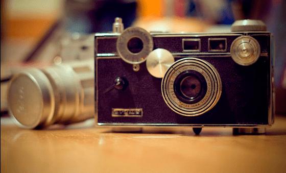 old-school-camera-560