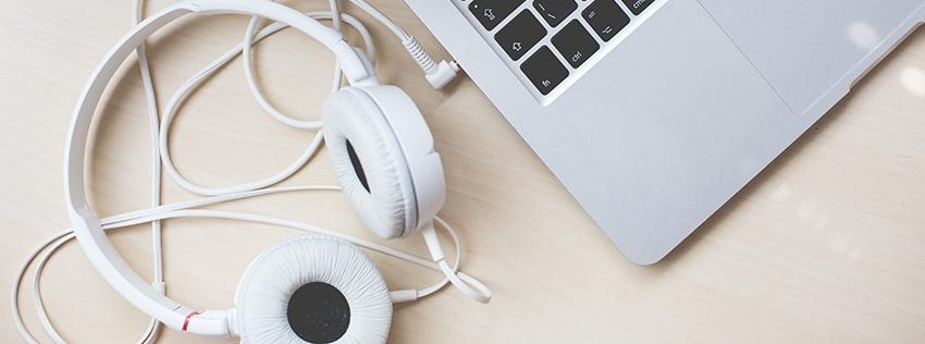 headphones macbook